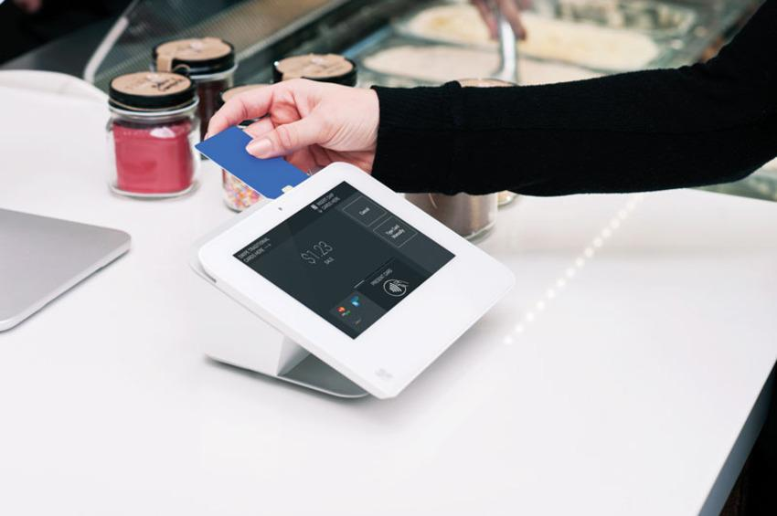 Clover Mini POS device